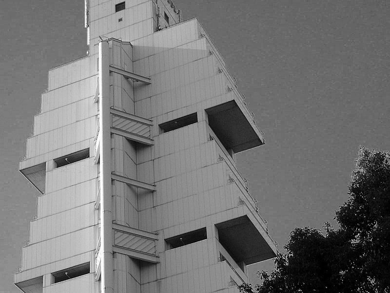 Ueno building, B&W