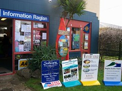 raglan_info center 3