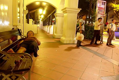 23:30 Raffles Hotel