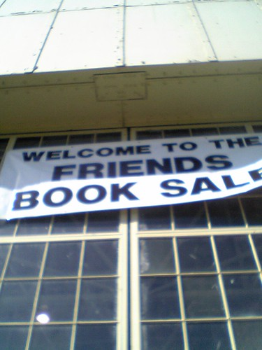eeeep!  it's the library sale!