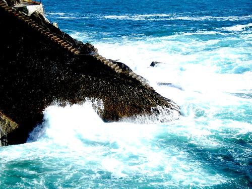 Escalera al mar....(con más contraste)