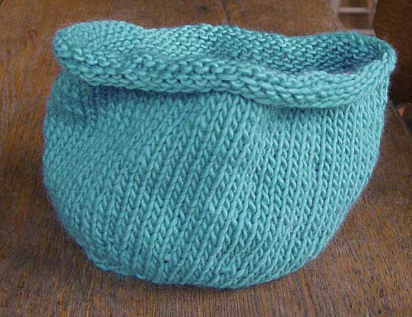 Knit me a river: Knitted Bowls