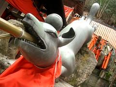 >Fearsome Temple Guardian (@Fushimi Inari)