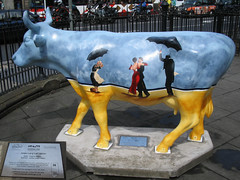 No 36 Jones Lang LaFriesian at Edinburgh Cow Parade 2006