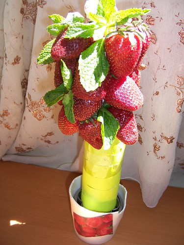 Plant arrangement with Real Strawberries and Mint leaves