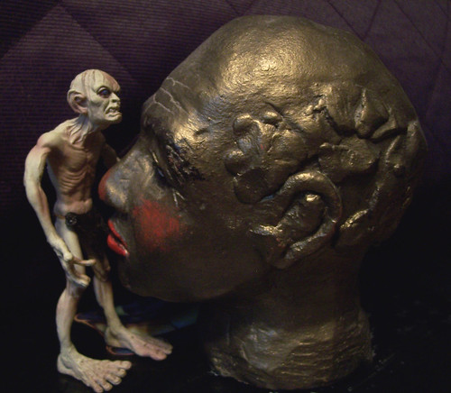 Gollum gets some head