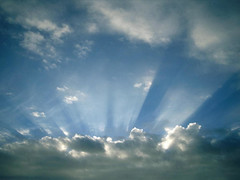 clouds_sunray