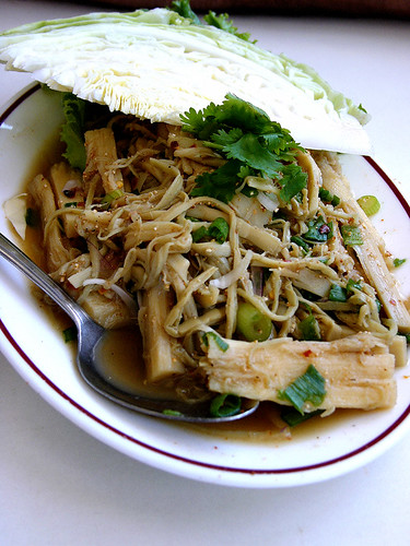 yai thai bamboo shoot salad