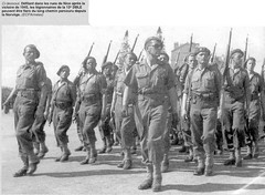 1945 - Nice- Defilé de la 13 DBLE