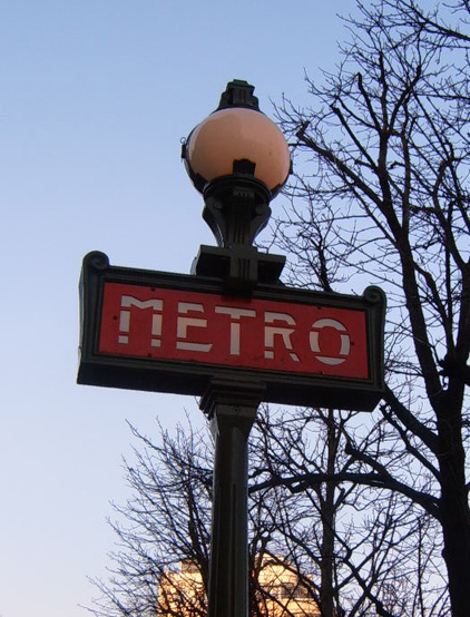 Metro Sign at Trocadero