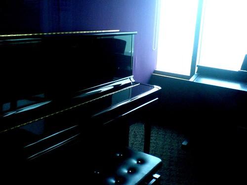 Dreary Piano