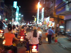 saigon_traffic01