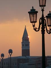 coucher de soleil sur la campanile