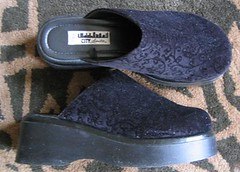 jacquard-clogs