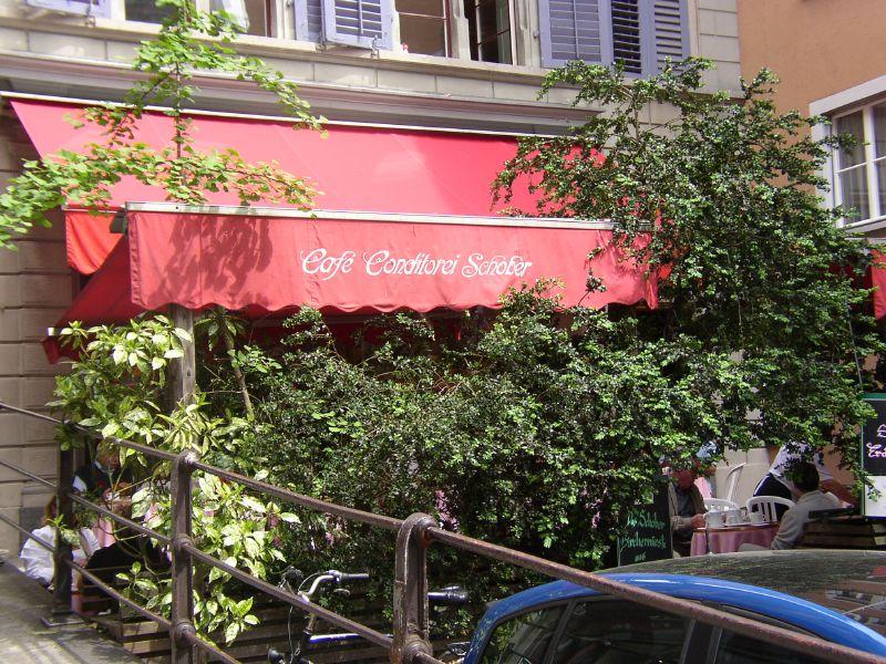 Im Café Schober