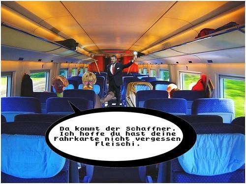 Fleischmann_und_Fritten-Erna_fahren_Zug09