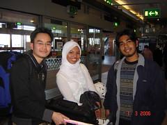 Bersama Palie & Yanie (RCSI) kat Dublin Airport