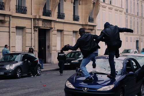 Foto von CPE-Unruhen in Paris, Gonzale