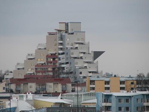 Architecture in Pikku Huopalahti, Helsinki