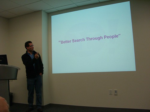 Bradley Horowitz of Yahoo! evangelizing social search