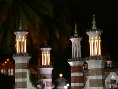 night shot experiment : the mosque
