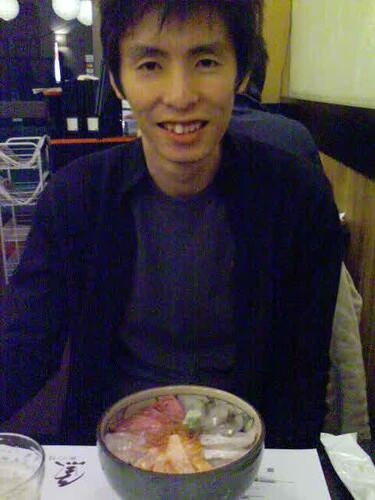 Alvin & his sashimi bowl