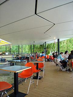 Dell Café, Hyde Park