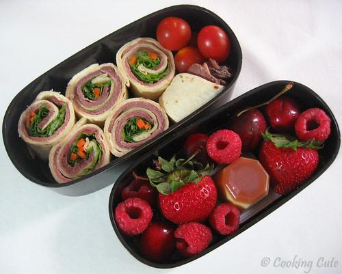 [sushi sandwich roll bento]