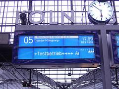 Kölner Hbf neu Anzeigetafel