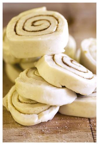 Puff pastry tart shells