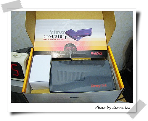 Vigor 2104P開箱照