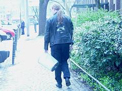 Pjöni und der Mülleimer 08