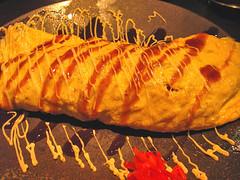 yakisoba in omelet