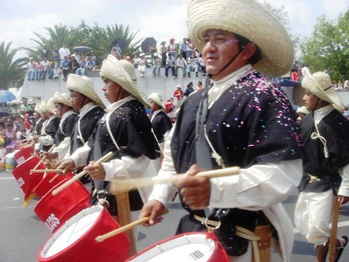Desfile 5 de mayo 2005