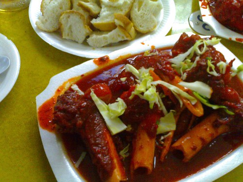 The Traveling Hungryboy: Soup Tulang: Nothing Was What It Seemed