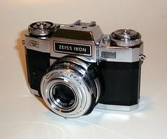 Contaflex (SLR) - Camera-wiki org - The free camera encyclopedia