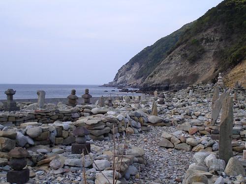 stone graves1