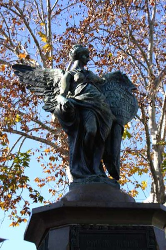 Statue at Union St. Pyrmont