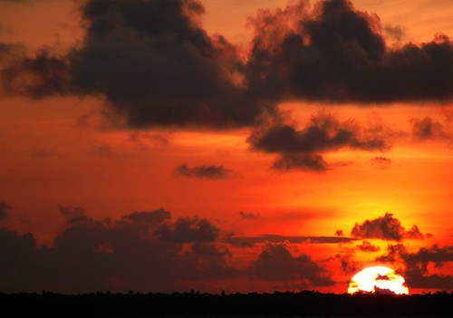 Gimme Red--                                          Sunsets at Kumarakom 2