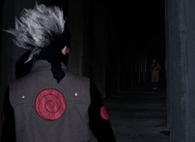 kakashi sees someone in distance