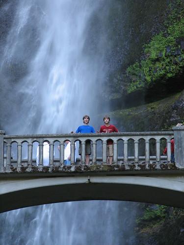 Kevin & Kyle at Multnomah Falls