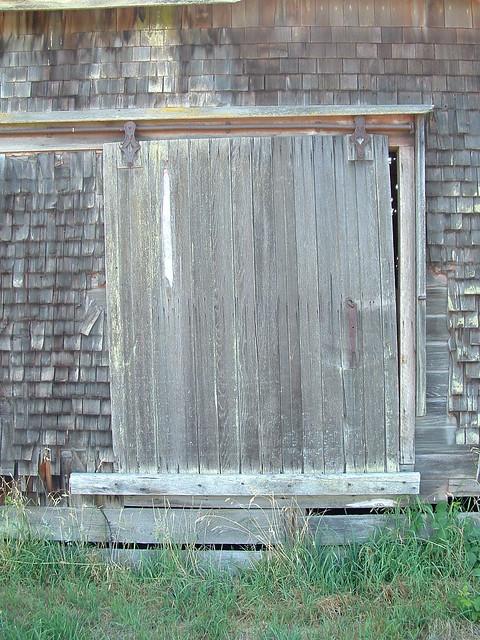 how to build a sliding screen door