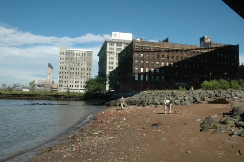 Brooklyn Bridge Park Shoreline Under Manhattan Bridge