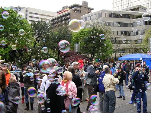 Vancouver Bubble Mob