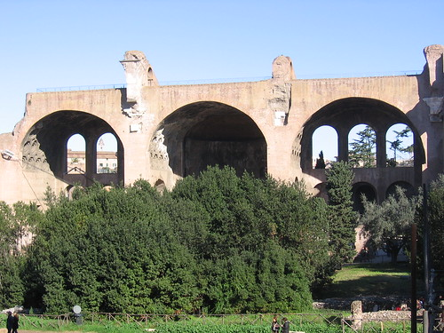 Basilica of Maxentius, facing the Via Sacra