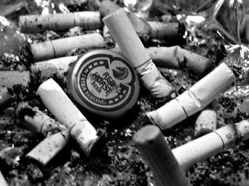 kabataang nalulong sa alak On the laity na patungan ng mas mataas na buwis ang mga alak at sigarilyo  dahil hindi na ito nakabubuti sa mga kabataang nalulong rito.