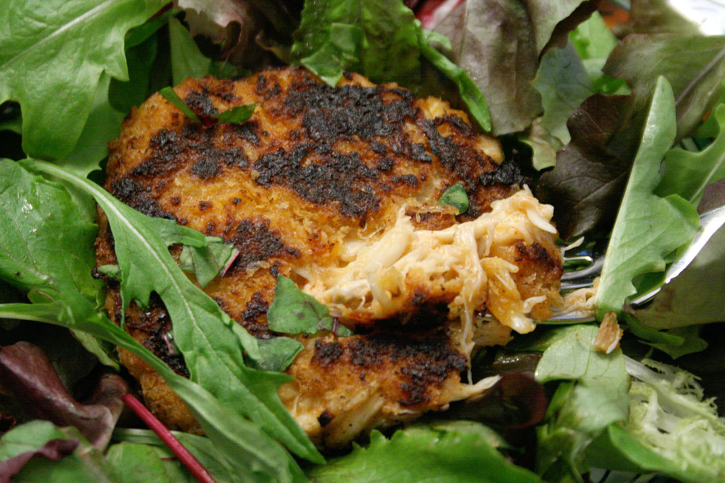 Refrigerate Crab Cakes Before Frying