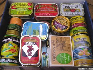 Sardines, thon, conserves de poissons