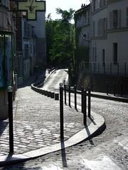cobblestone street in Montmartre