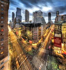Herald Sqaure in Manhattan photo by Tony Shi.